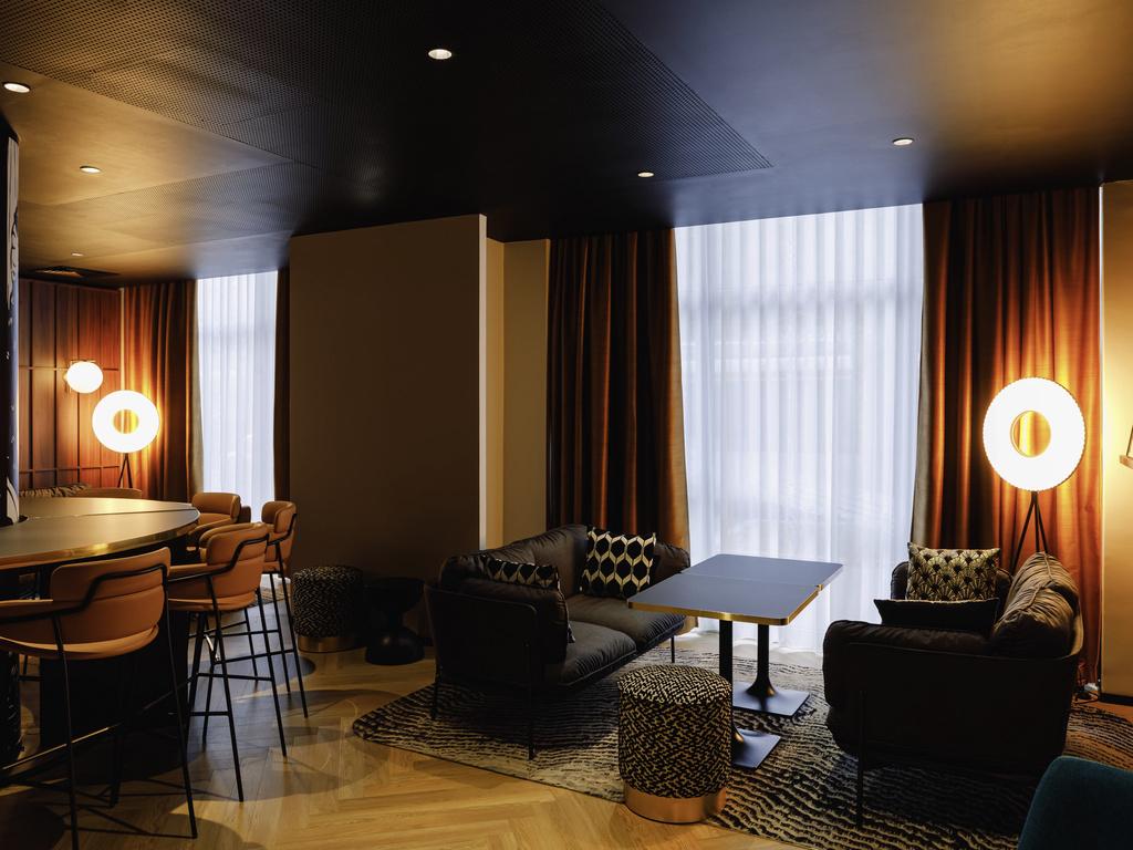 le garage restaurant lyon restaurants by accorhotels. Black Bedroom Furniture Sets. Home Design Ideas