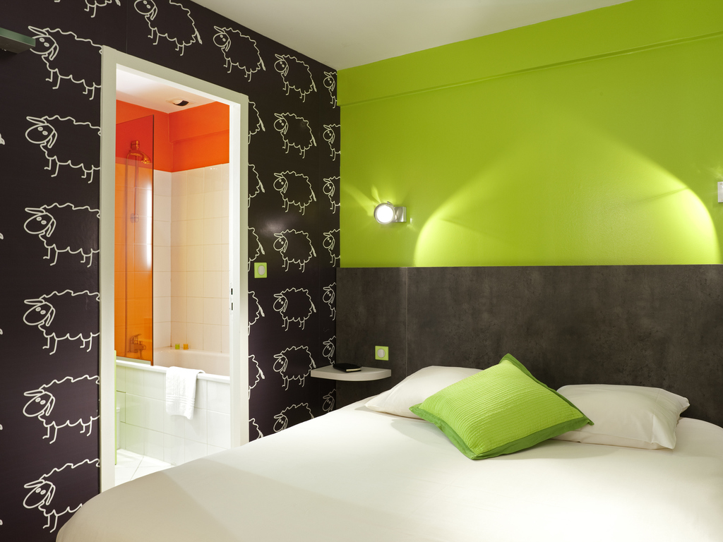 hotel pas cher amiens ibis styles amiens cath drale. Black Bedroom Furniture Sets. Home Design Ideas