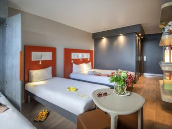 Hotel pas cher nice ibis budget nice californie lenval for Prix chambre hotel ibis