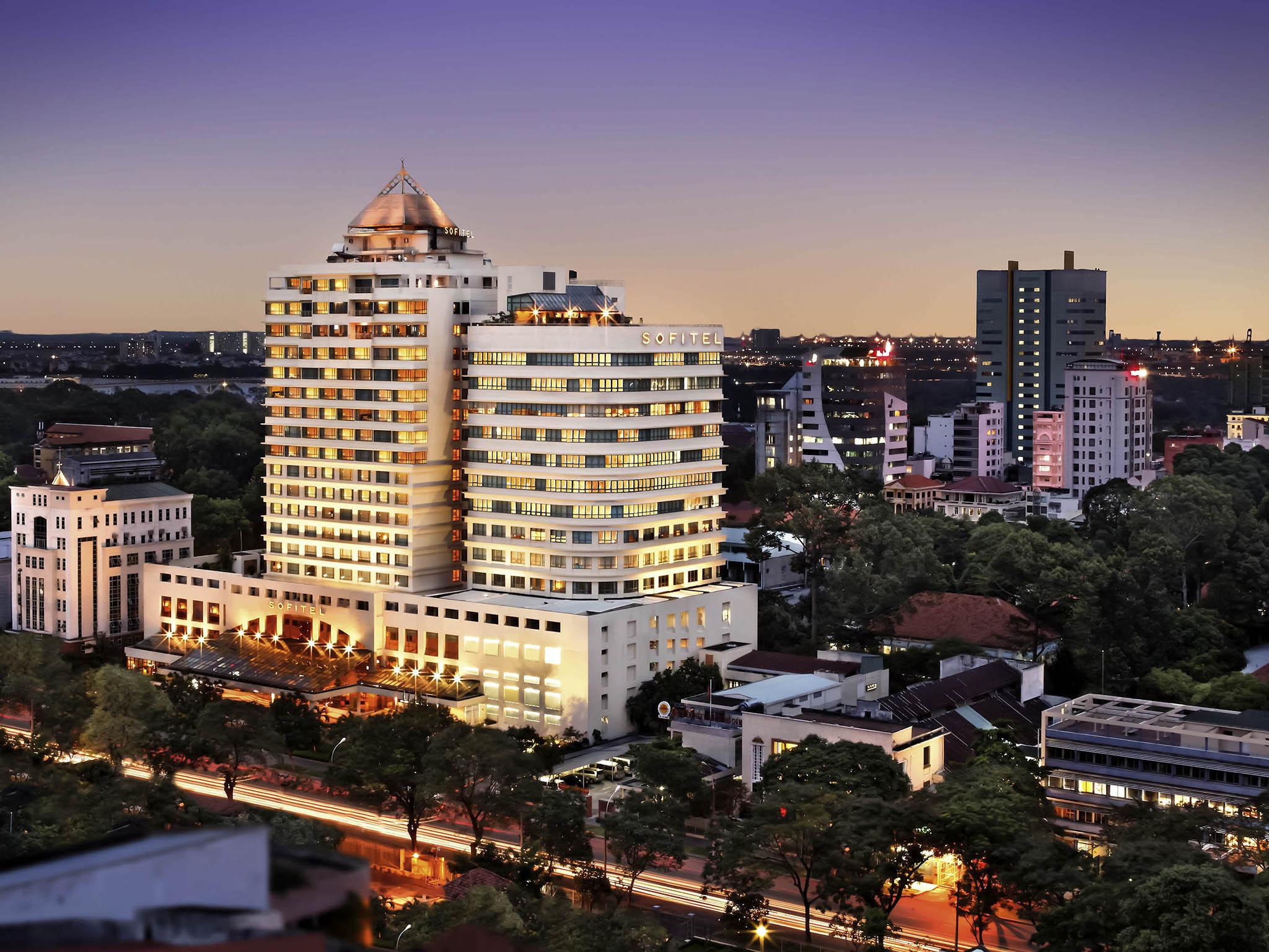 Hotell – Sofitel Saigon Plaza