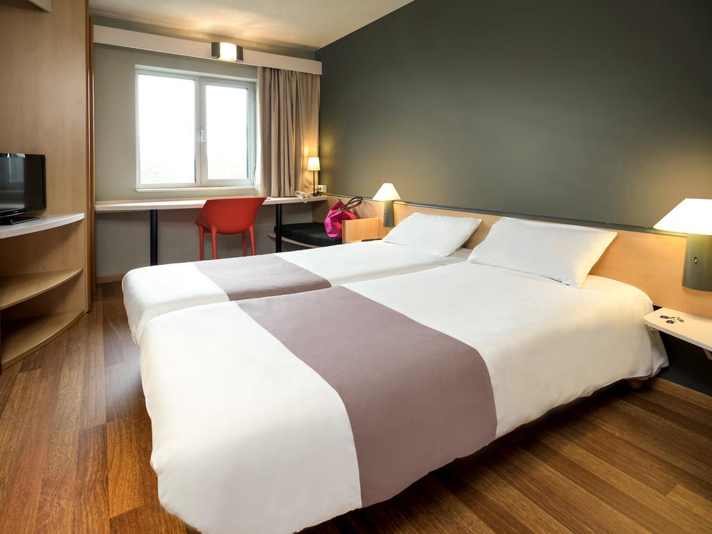 h tel pas cher charleroi centre ibis. Black Bedroom Furniture Sets. Home Design Ideas