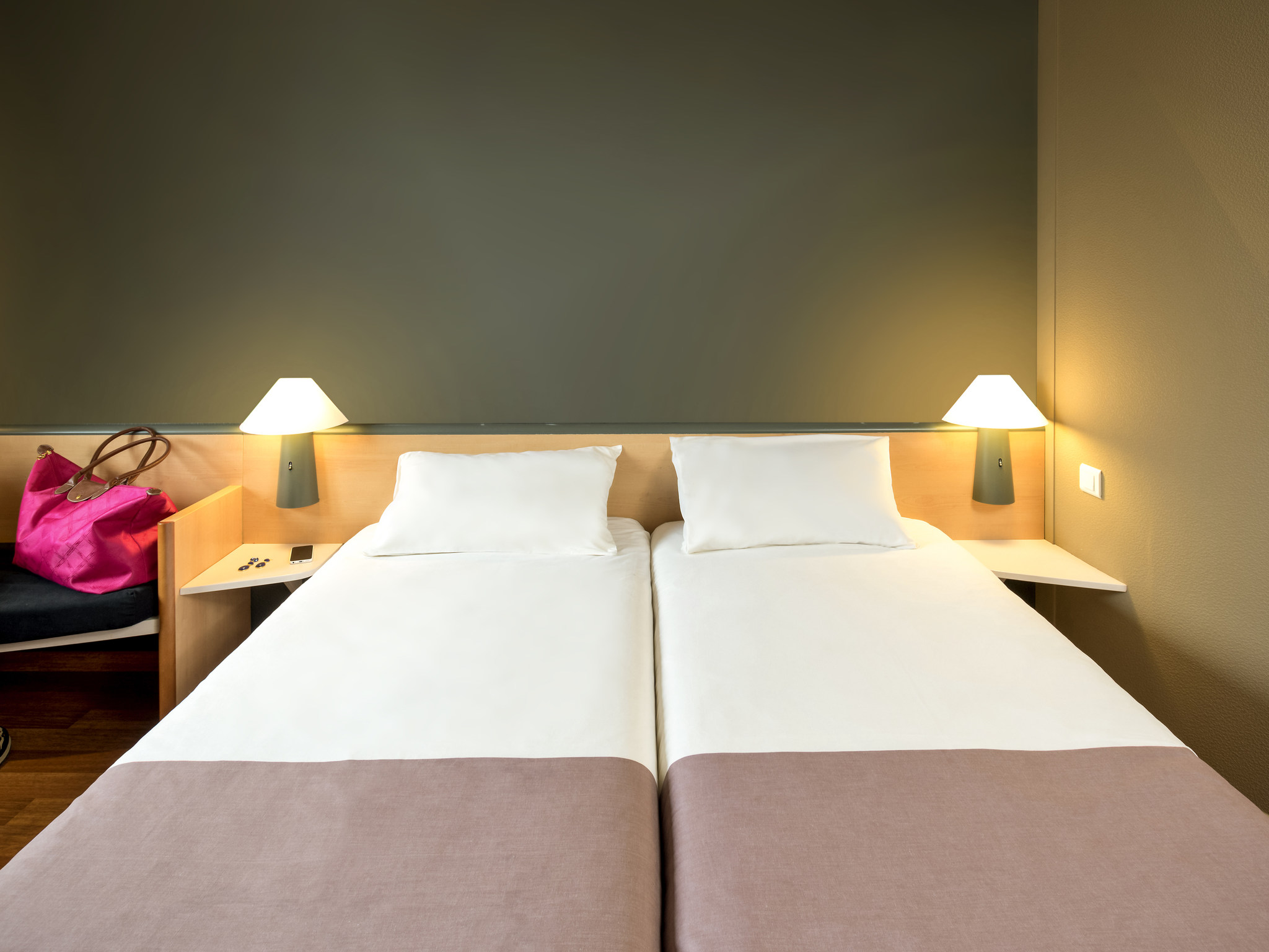 Hotel In Charleroi Ibis Charleroi Centre Gare