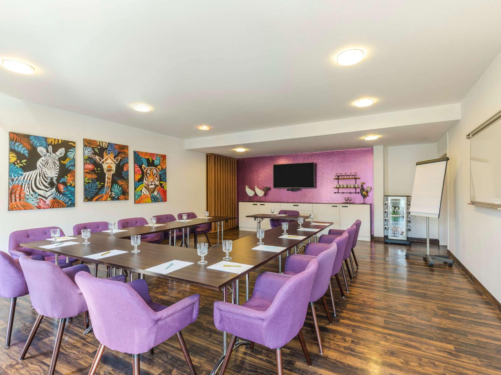 hotel in bad oeynhausen mercure hotel bad oeynhausen. Black Bedroom Furniture Sets. Home Design Ideas