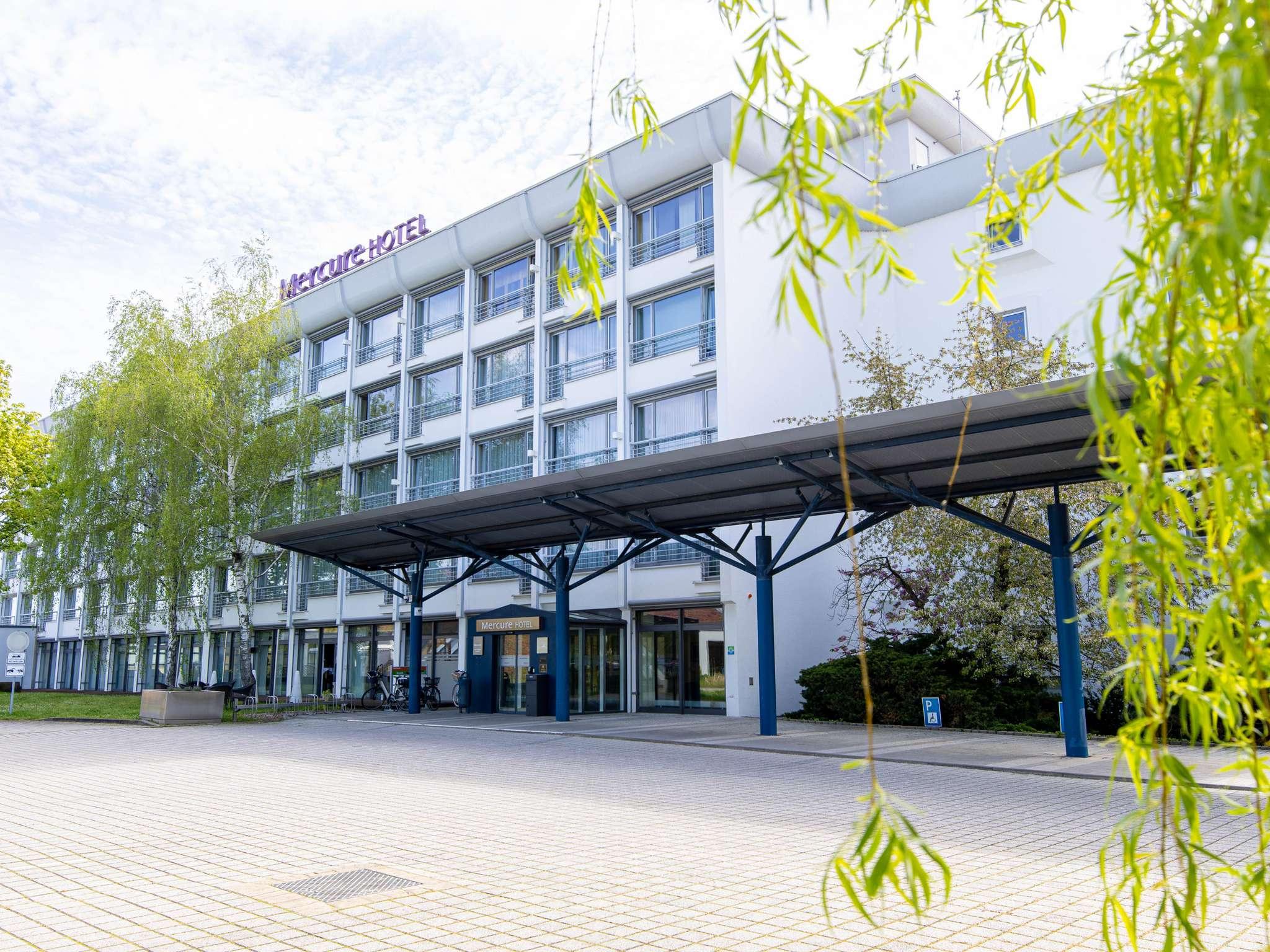 Отель — Mercure Hotel Riesa Dresden Elbland