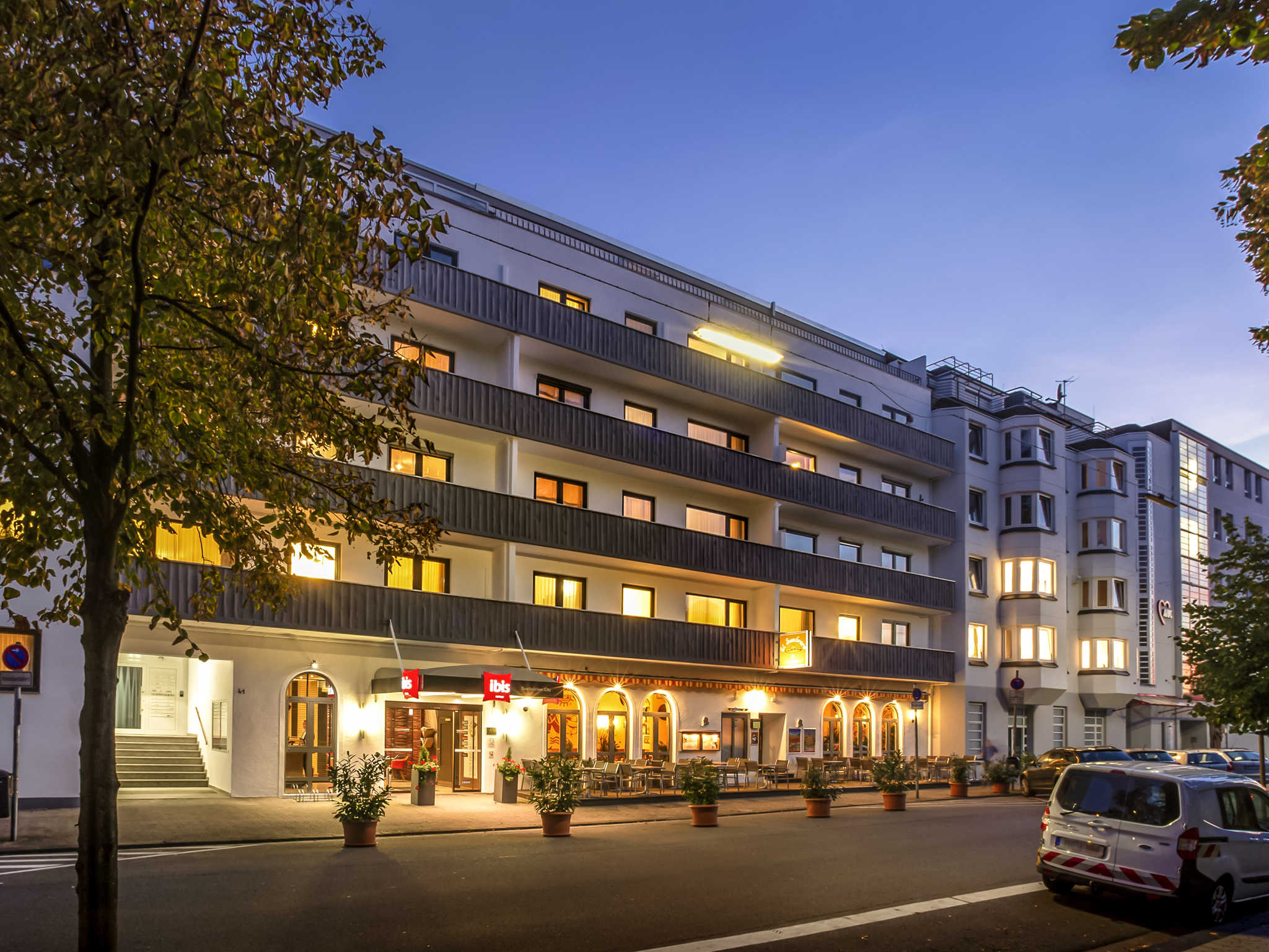 Отель — ibis Saarbruecken City