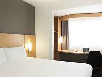 hotel pas cher geneva ibis geneve centre gare. Black Bedroom Furniture Sets. Home Design Ideas