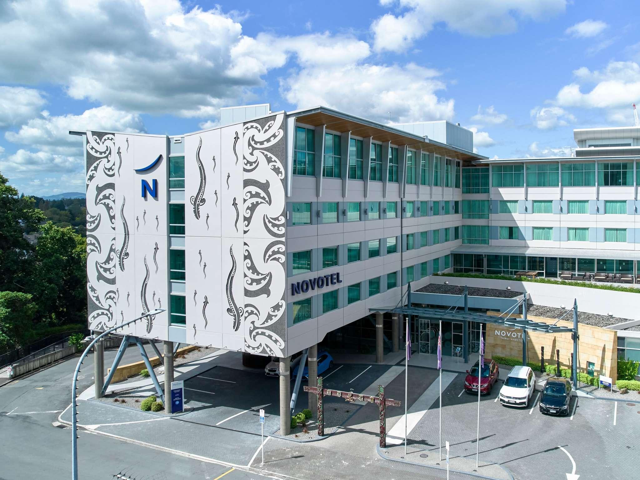 โรงแรม – Novotel Hamilton Tainui