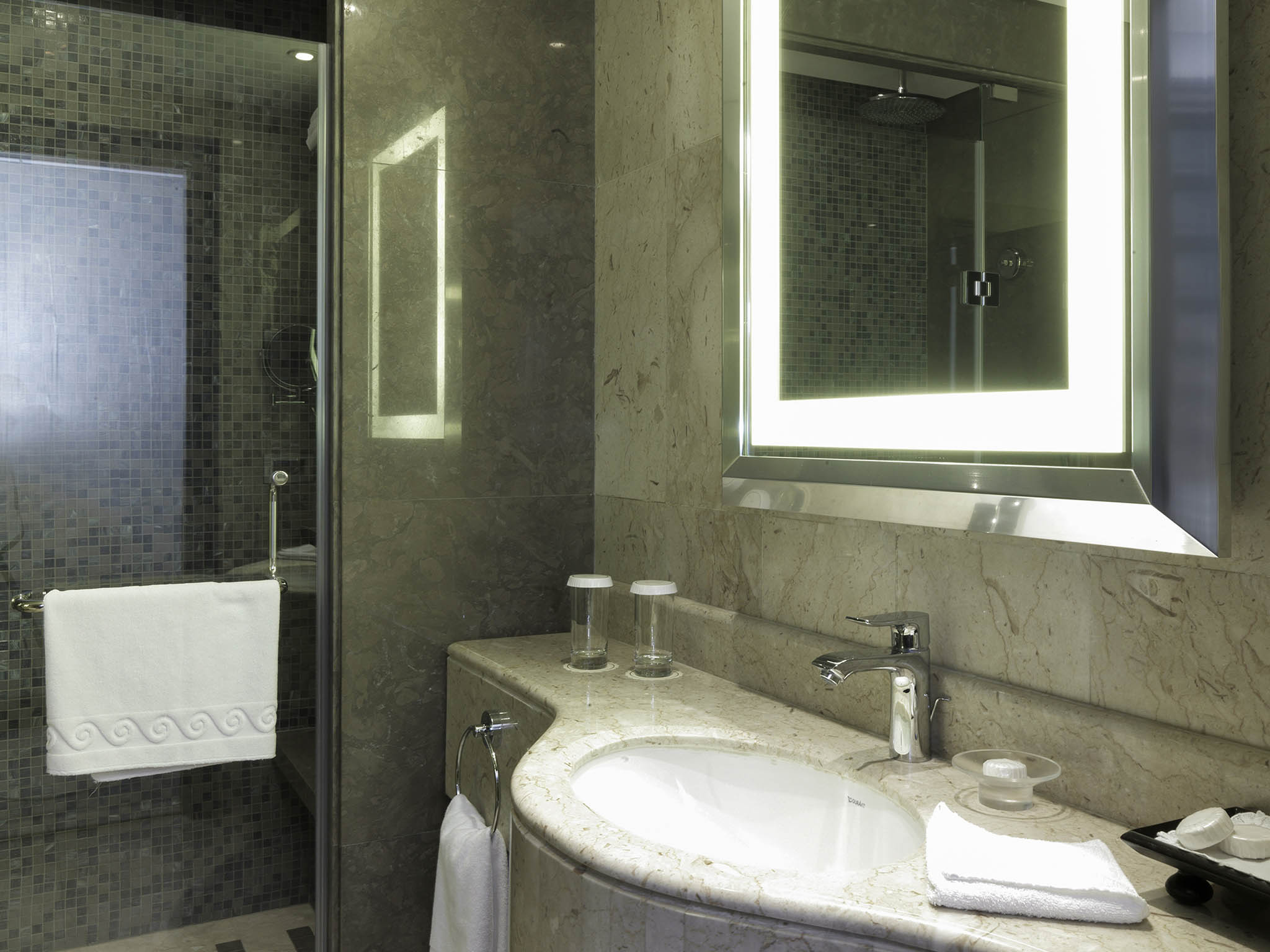 Bathroom lebanon 28 images monoberge byblos up to 40 for Bathroom designs lebanon