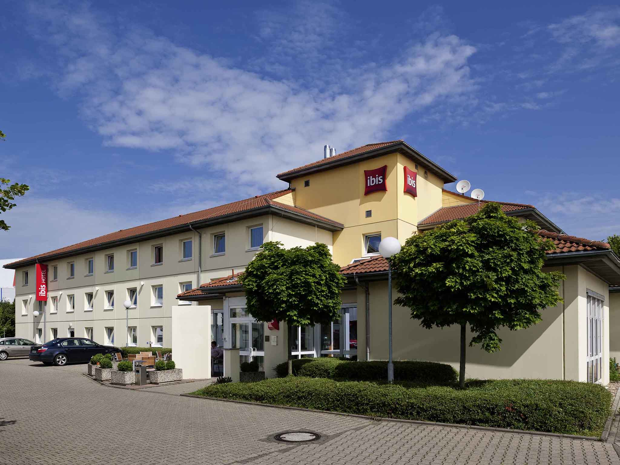Hotel ibis Cologne Frechen. Book your hotel inCologne now!