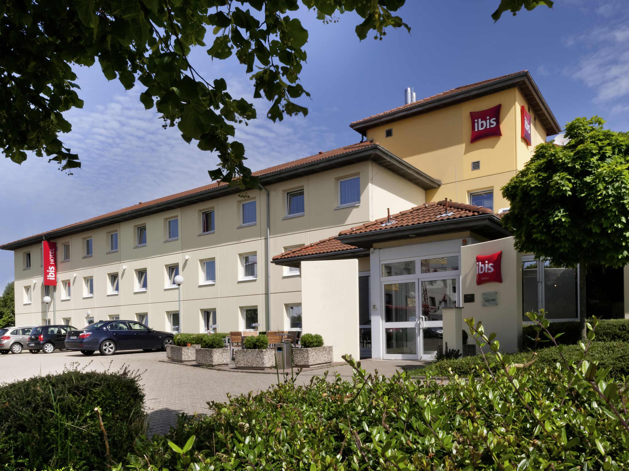 Отель — ibis Кельн Фрехен