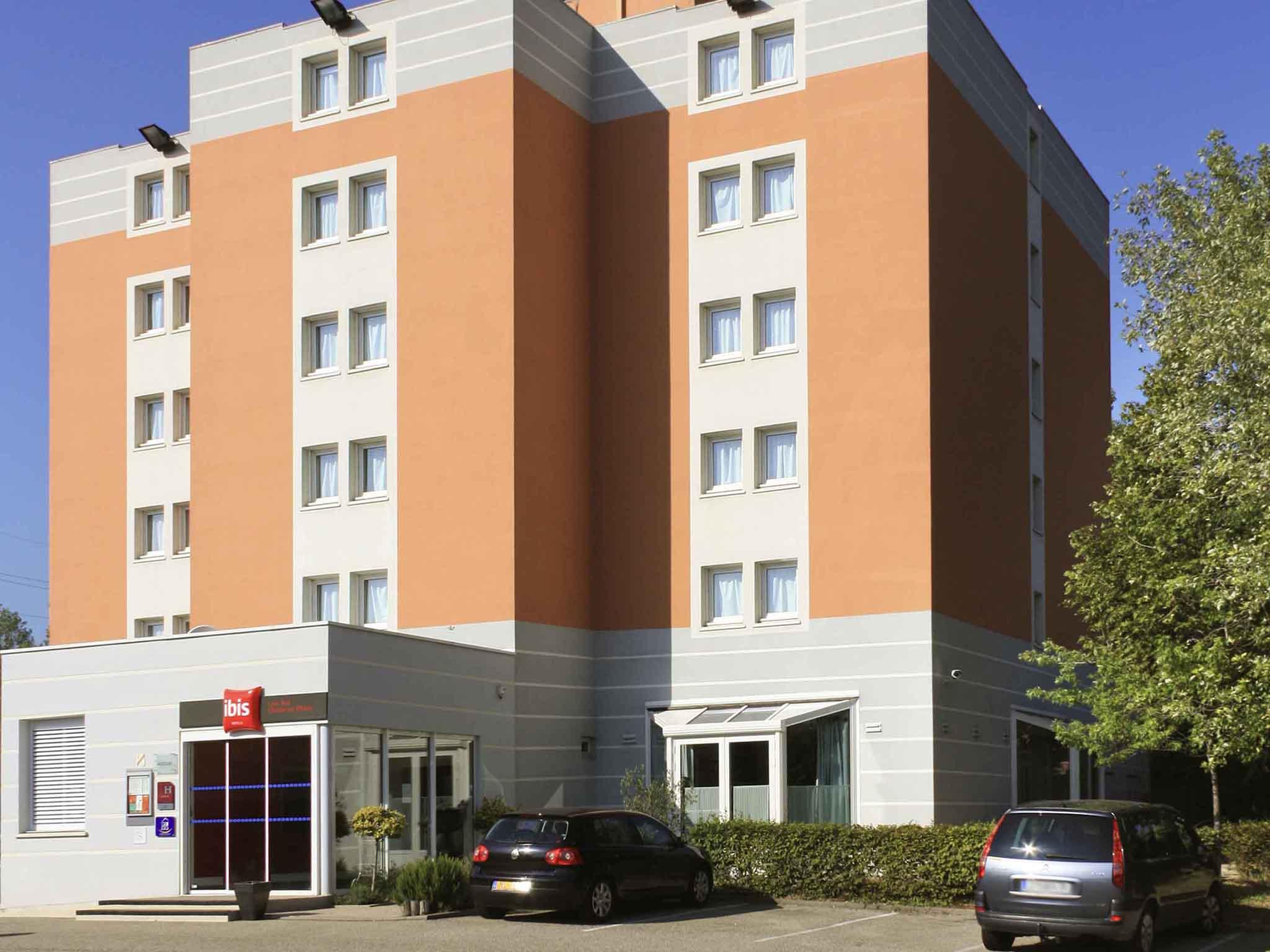 hotel a chasse sur rhone ibis lyon sud chasse sur rhone. Black Bedroom Furniture Sets. Home Design Ideas