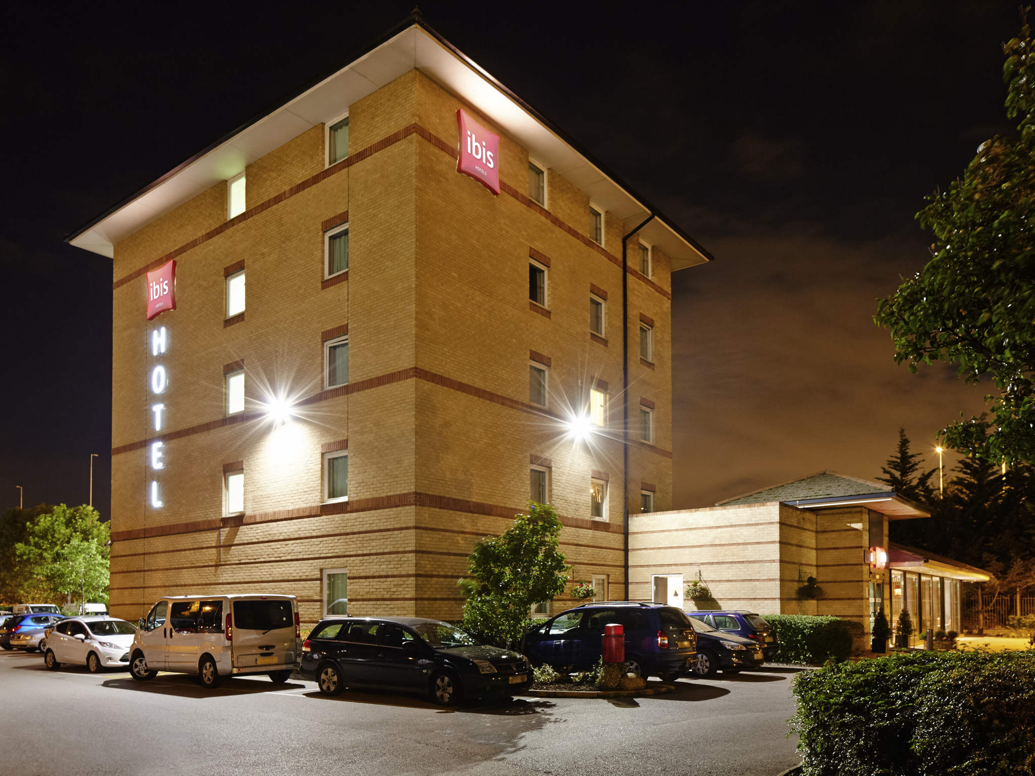 Otel – ibis London Thurrock M25