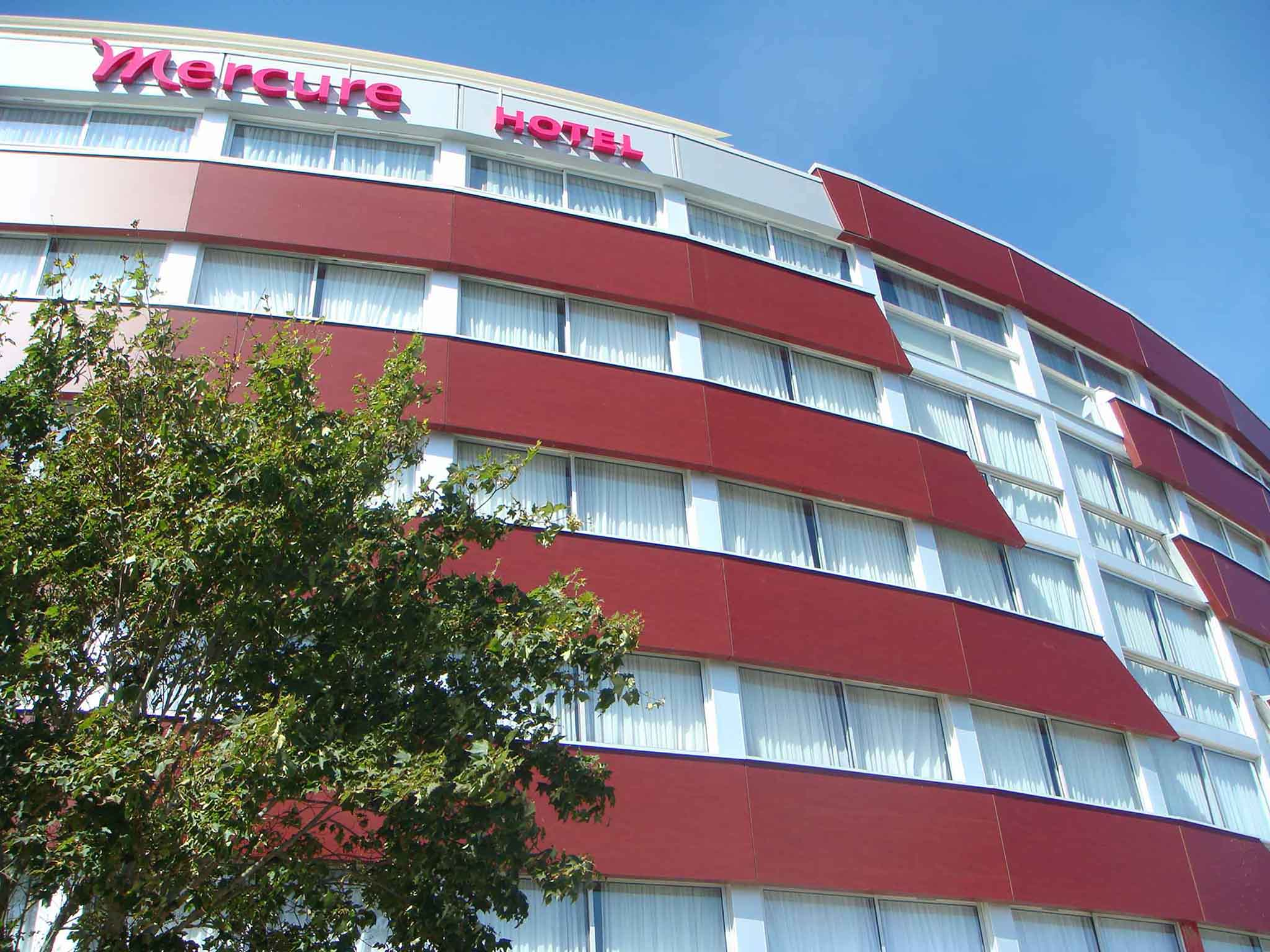 Hotel in VANNES Mercure Vannes Le Port Hotel