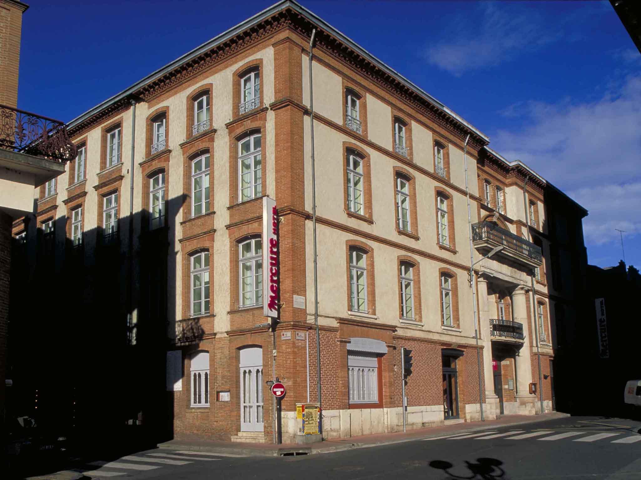 Отель — Hôtel Mercure Montauban