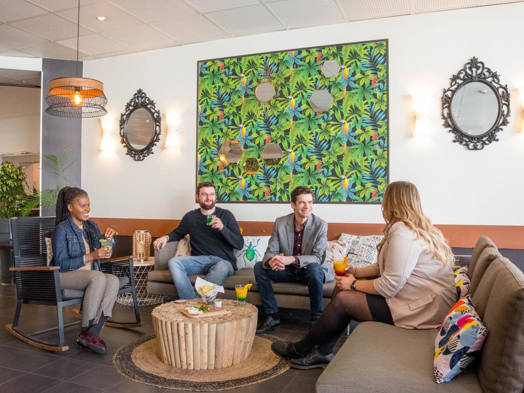 Ibis kube paris restaurants by accorhotels - Porte de clichy restaurant ...