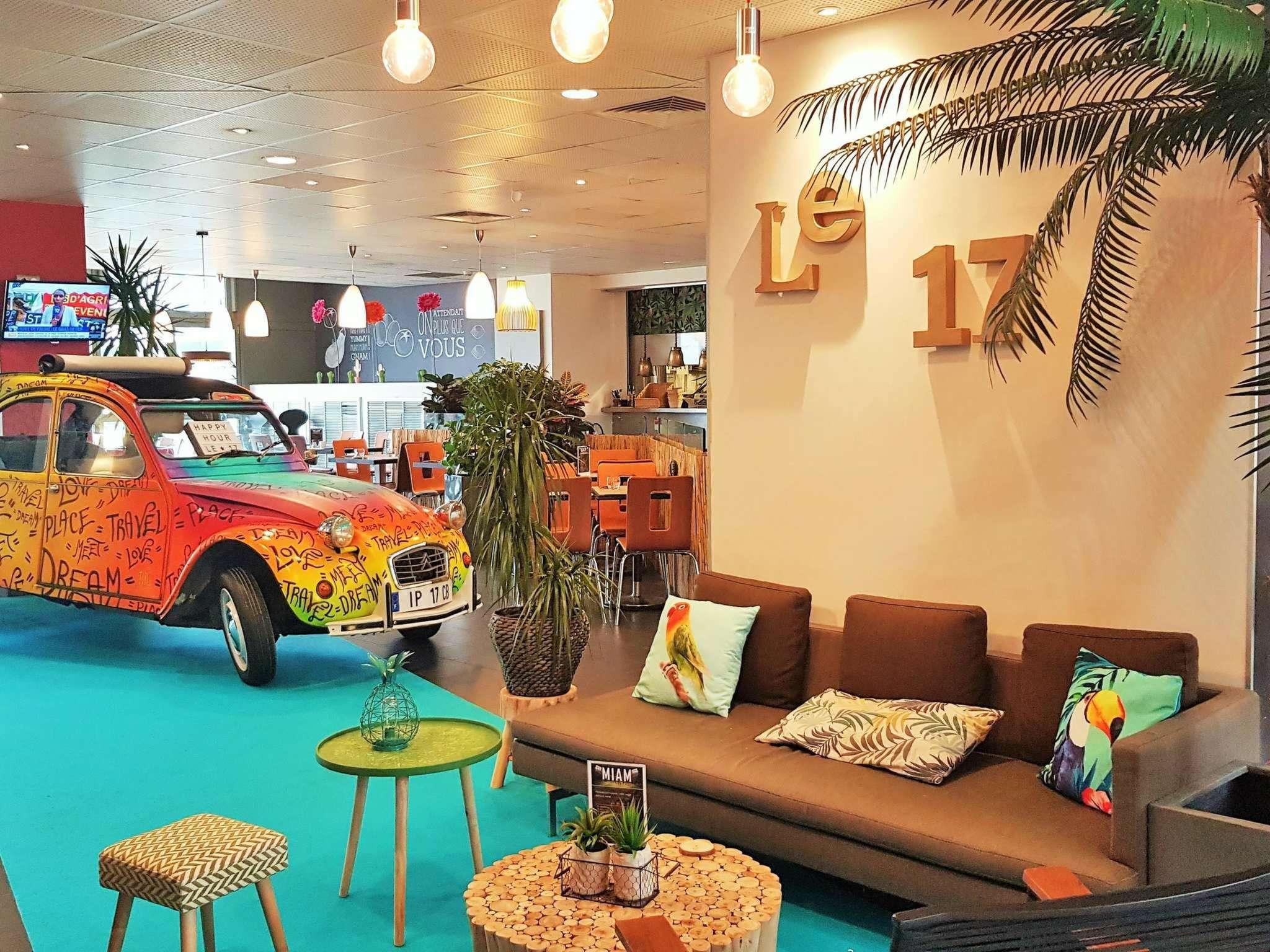 โรงแรม – ไอบิส ปารีส เขต 17 กลีชี บาติยอล