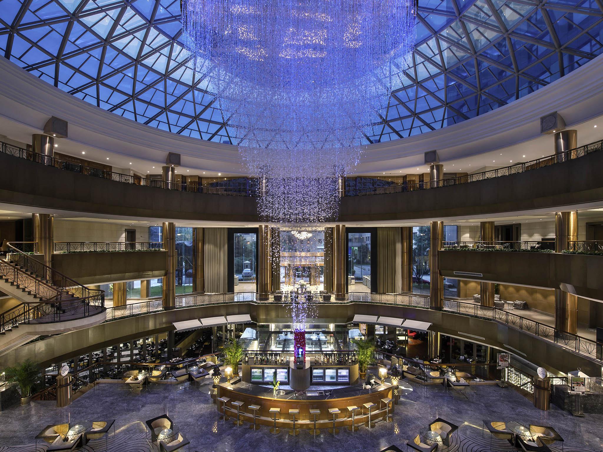 โรงแรม – Sofitel Zhengzhou International