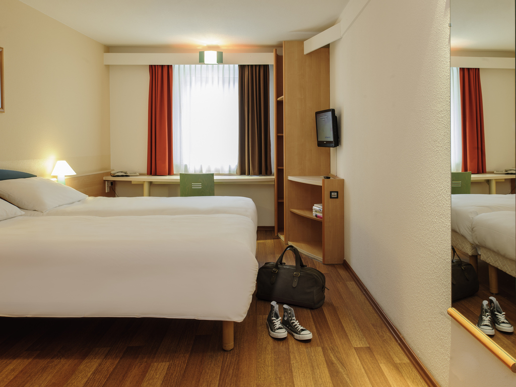 Zimmermann Ibis Hotel Jena