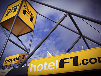 HotelF1 caen nord mémorial à Saint contest