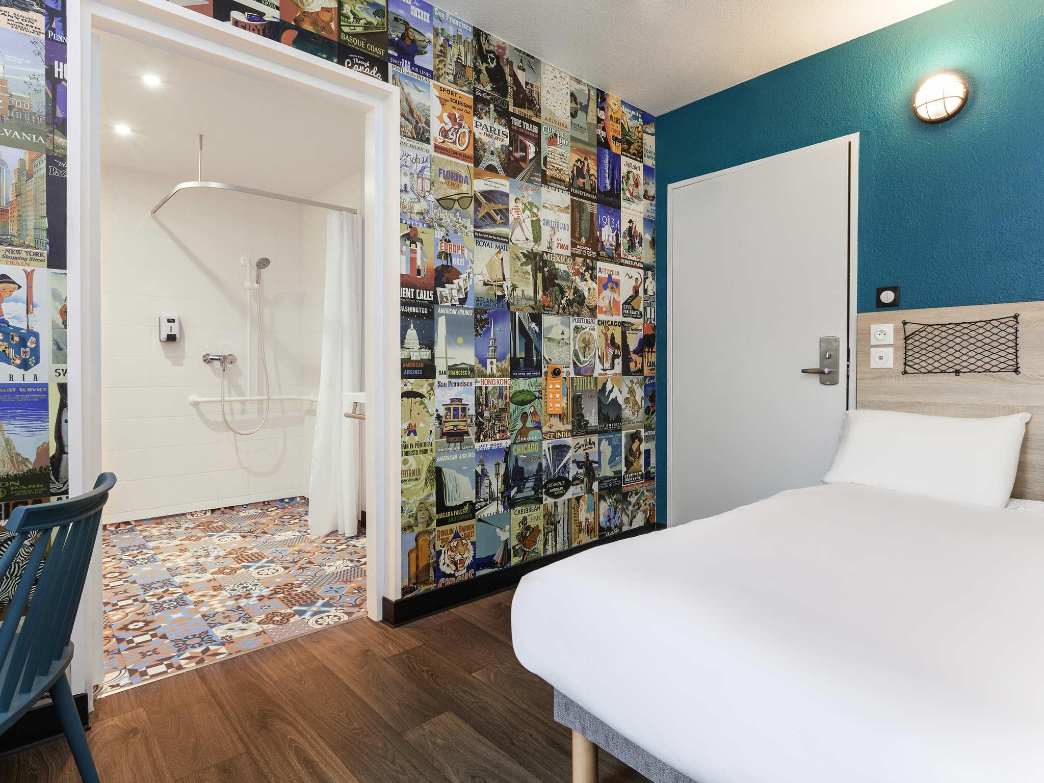 Отель — hotelF1 Les Ulis Courtaboeuf