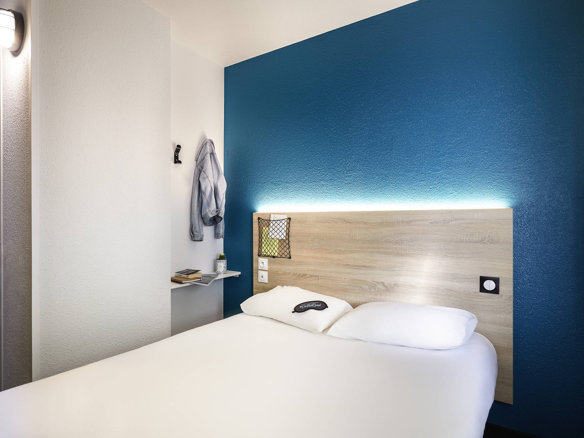 Отель — hotelF1 La Rochelle Angoulins