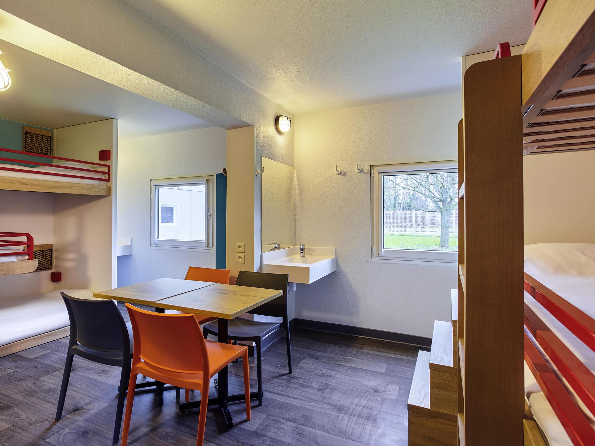 hotel in saint witz hotelf1 saint witz a1 roissy cdg. Black Bedroom Furniture Sets. Home Design Ideas