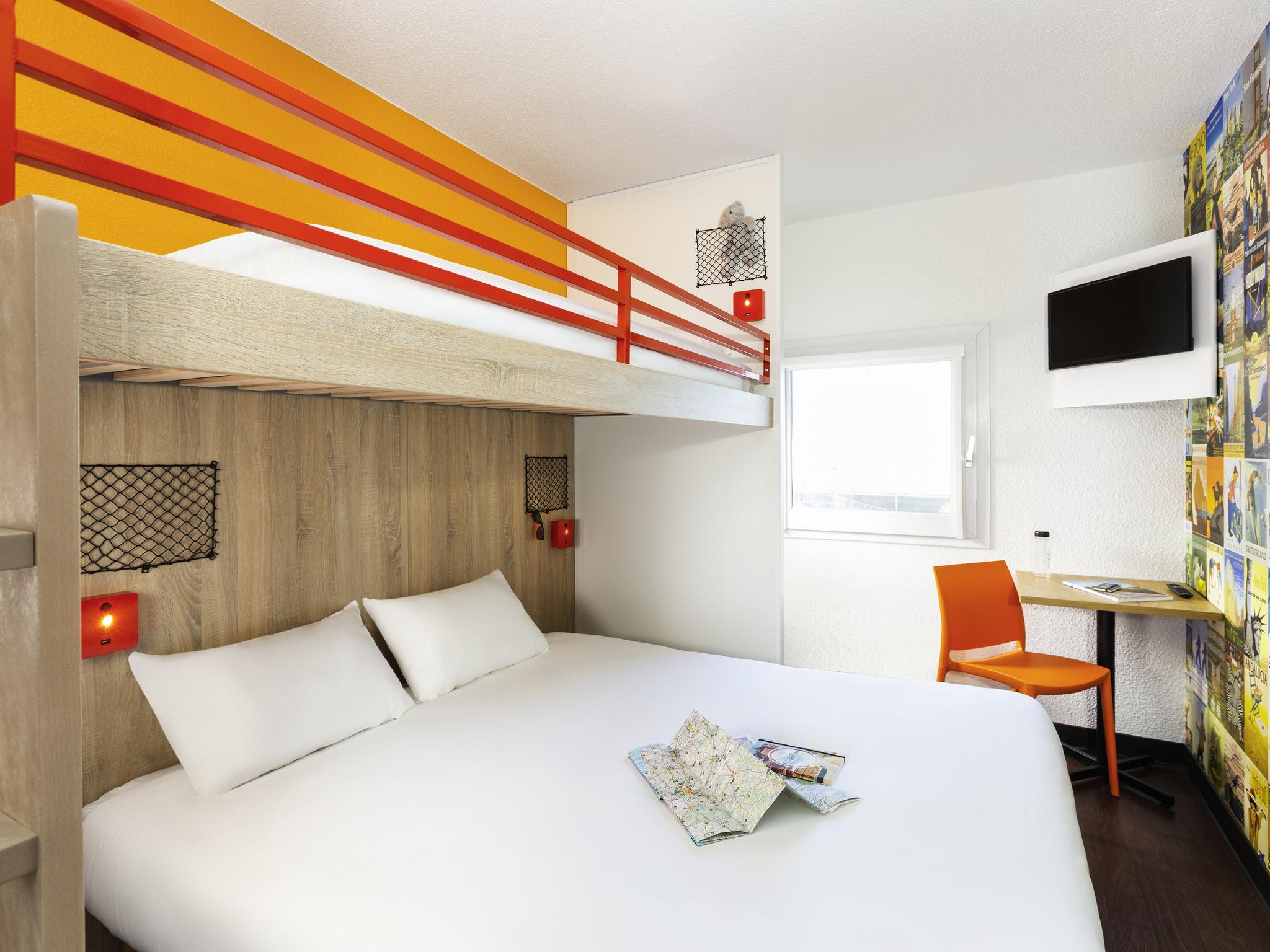 Отель — hotelF1 Saint-Malo