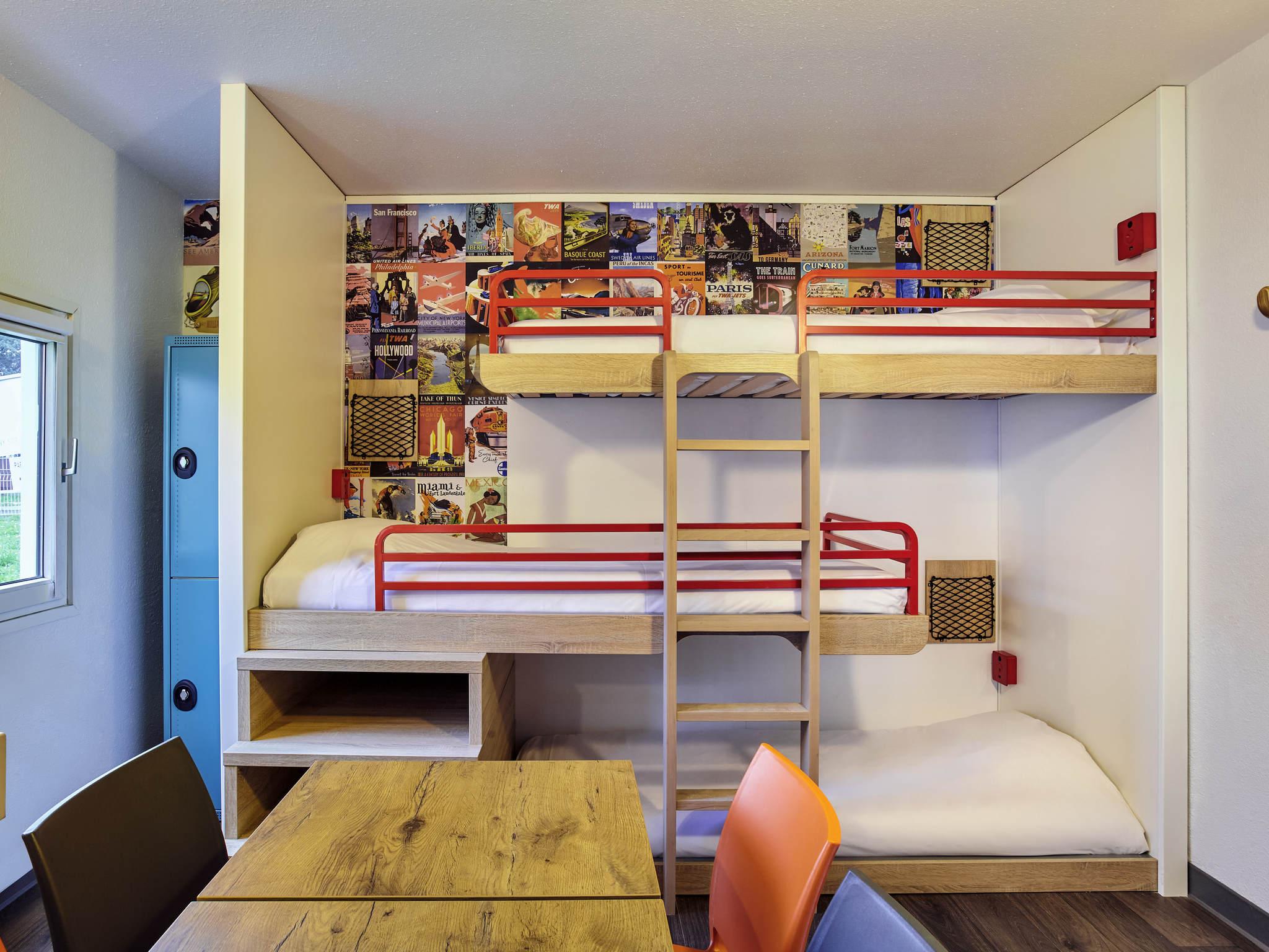 H tel villeneuve d 39 ascq hotelf1 lille villeneuve d 39 ascq for Prix chambre hotel formule 1