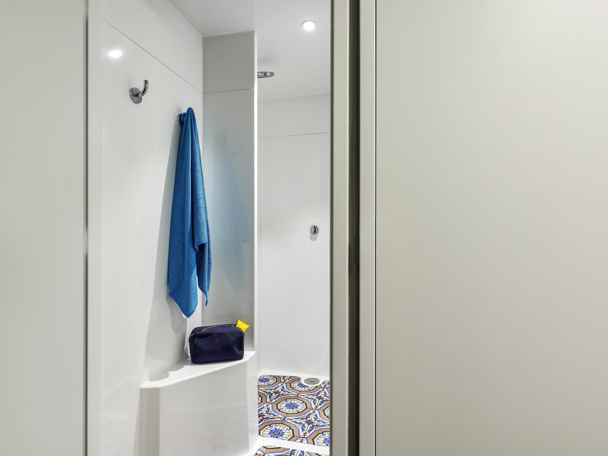 Miroir de loge pas cher awesome capri miroir salle de - Miroir de loge ...