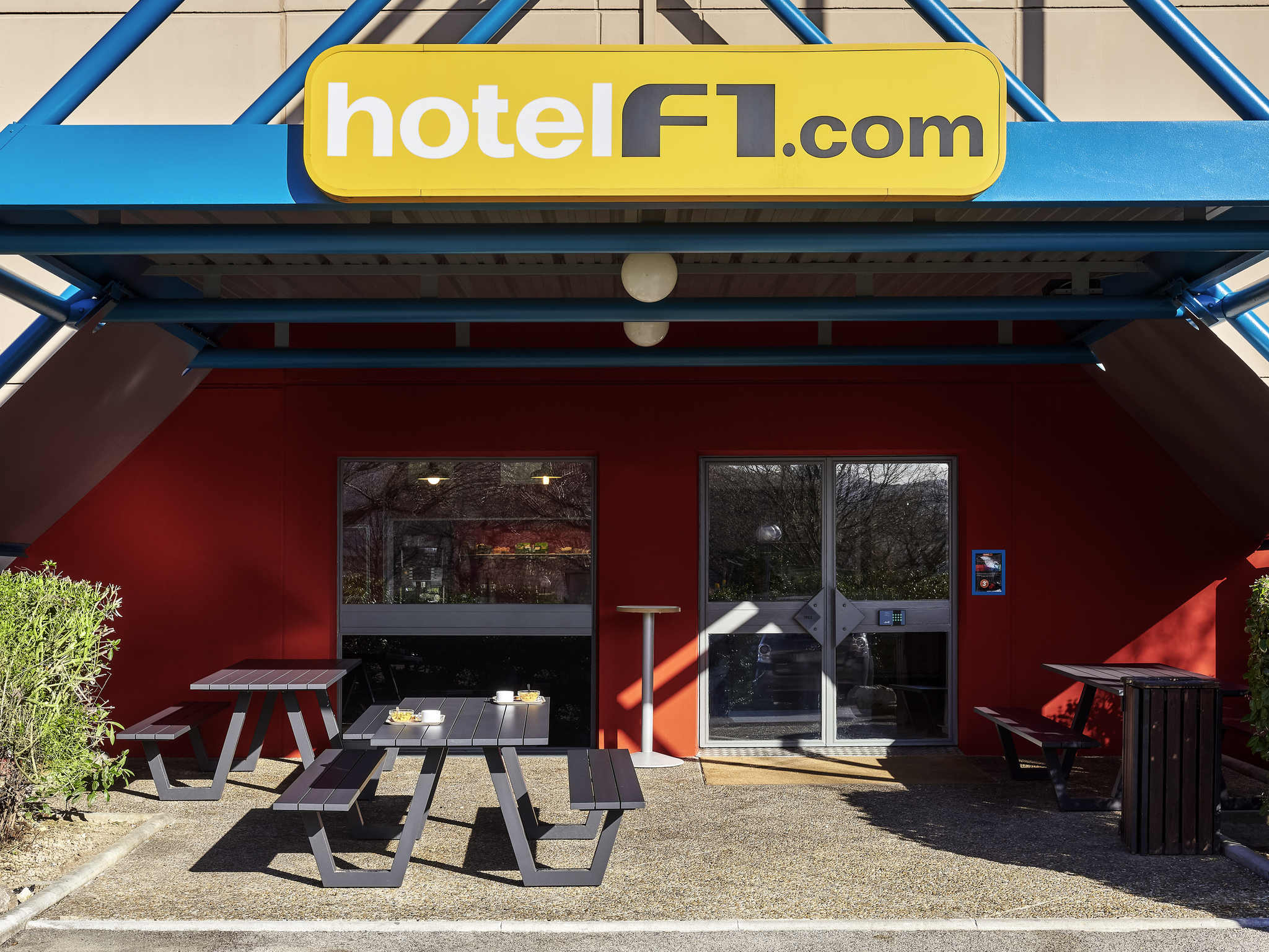 Hotell – hotelF1 Metz Centre Devant les Ponts