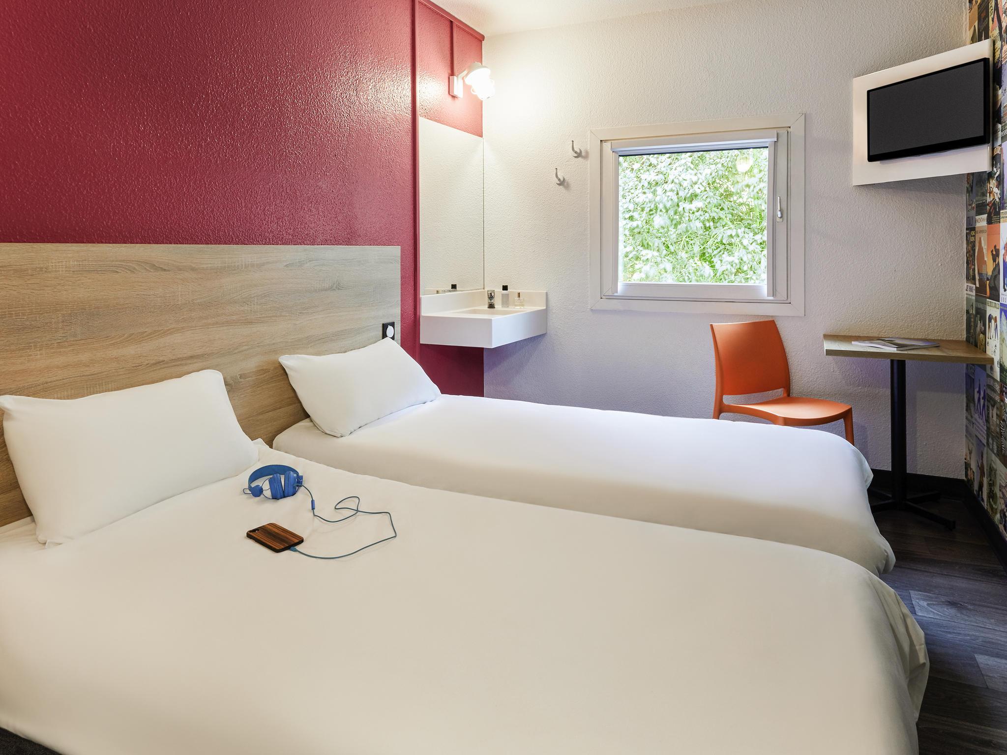 Hotel w mieście DOLE – hotelF1 Dole Jura