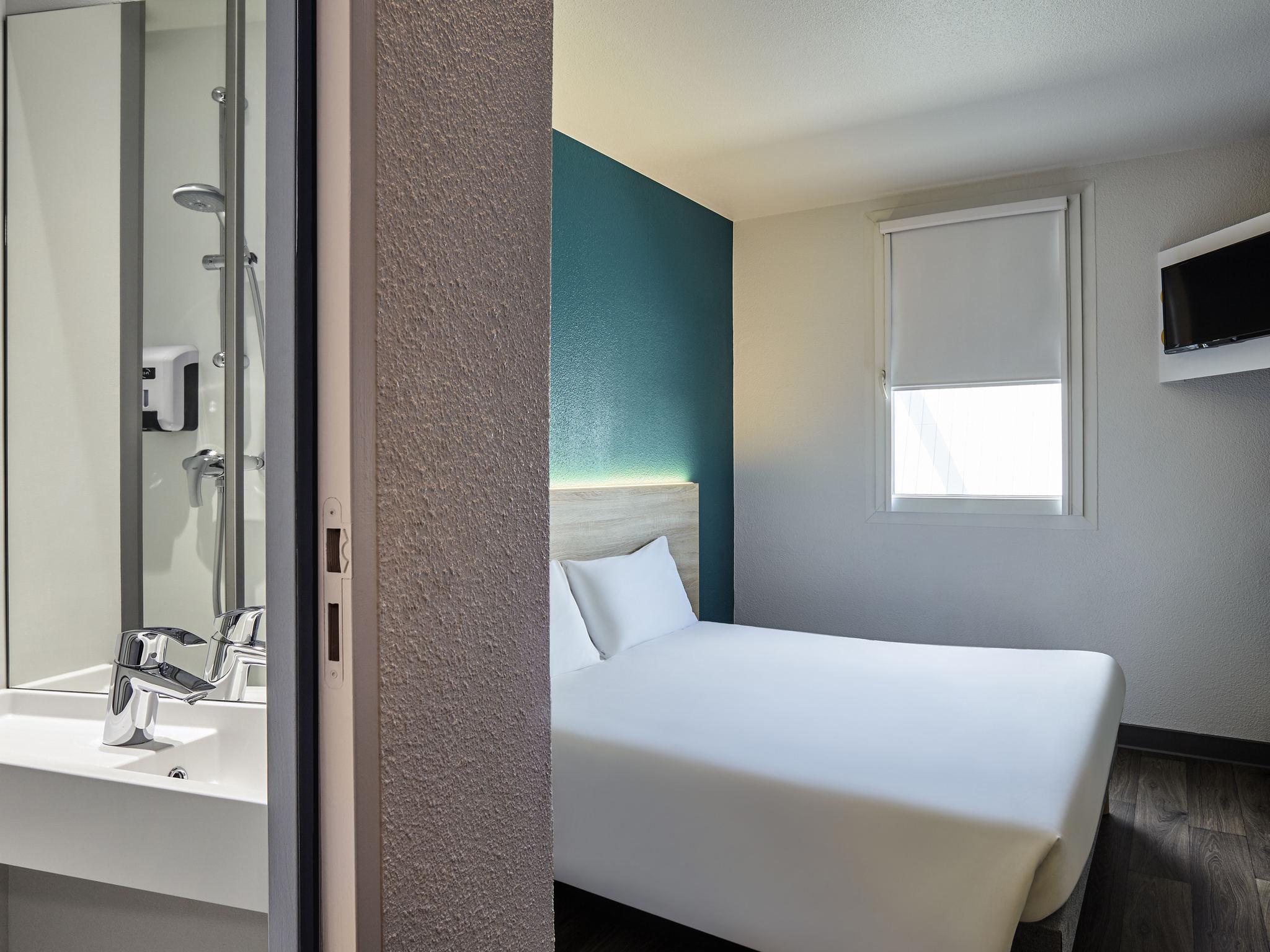 Отель — hotelF1 Rouen Louviers Le Vaudreuil
