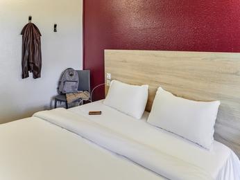 HotelF1 marseille plan de campagne n°2 à Les pennes mirabeau