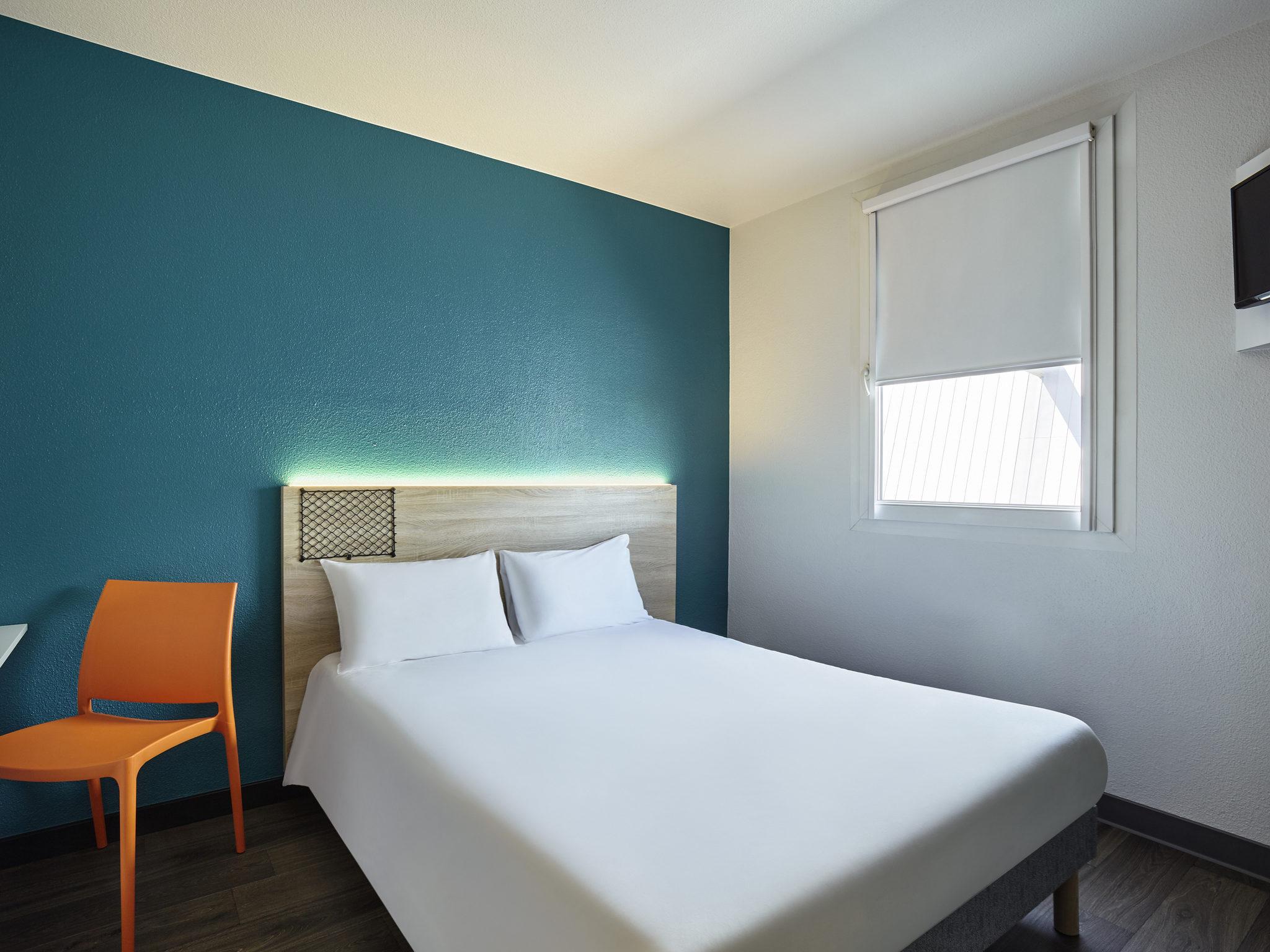 Отель — hotelF1 Bordeaux Ville Aréna