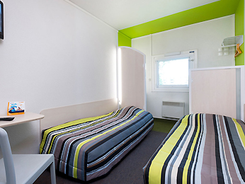 hotelF1 Saintes