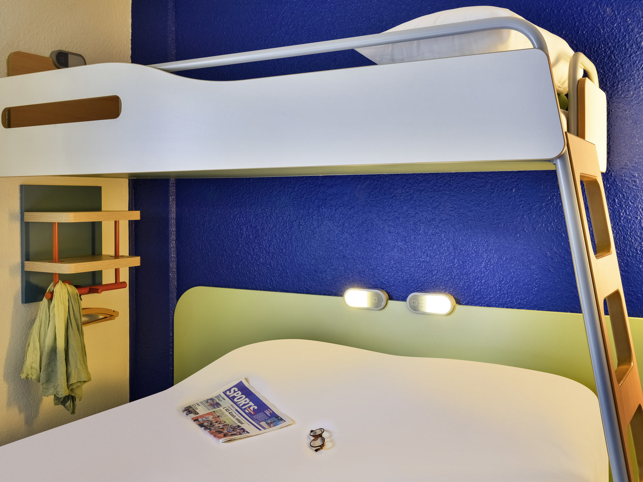Hotel In Trappes