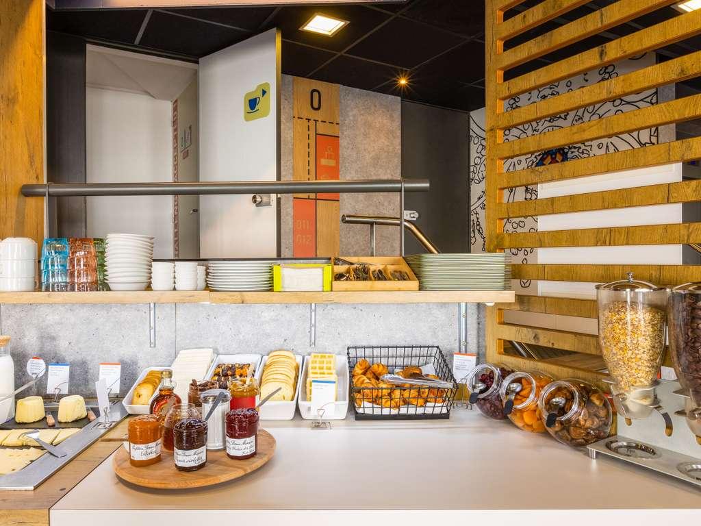 Saint-Yrieix-sur-Charente France  city photos : Saint Yrieix sur Charente Hotels hotel booking in Saint Yrieix sur ...