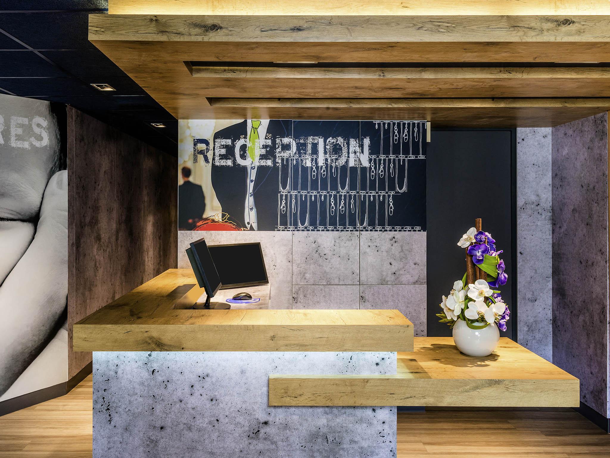 Hotell – ibis budget Argenteuil Bords de Seine