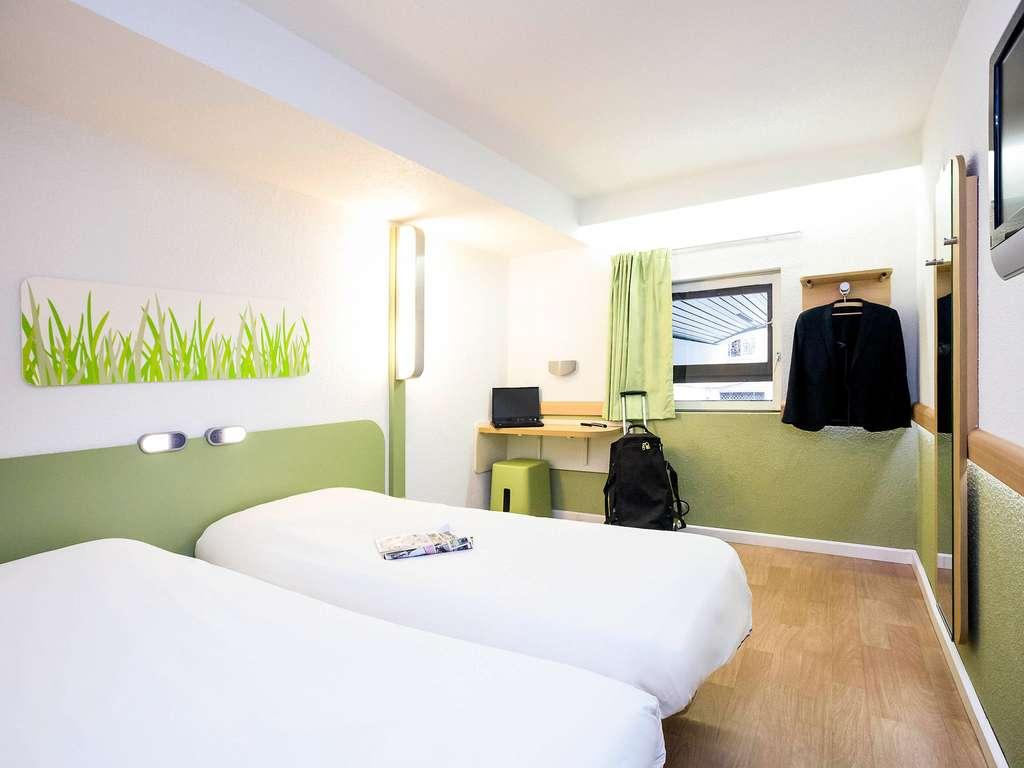Hotel pas cher marseille ibis budget marseille vieux port - Chambre hotel ibis budget ...