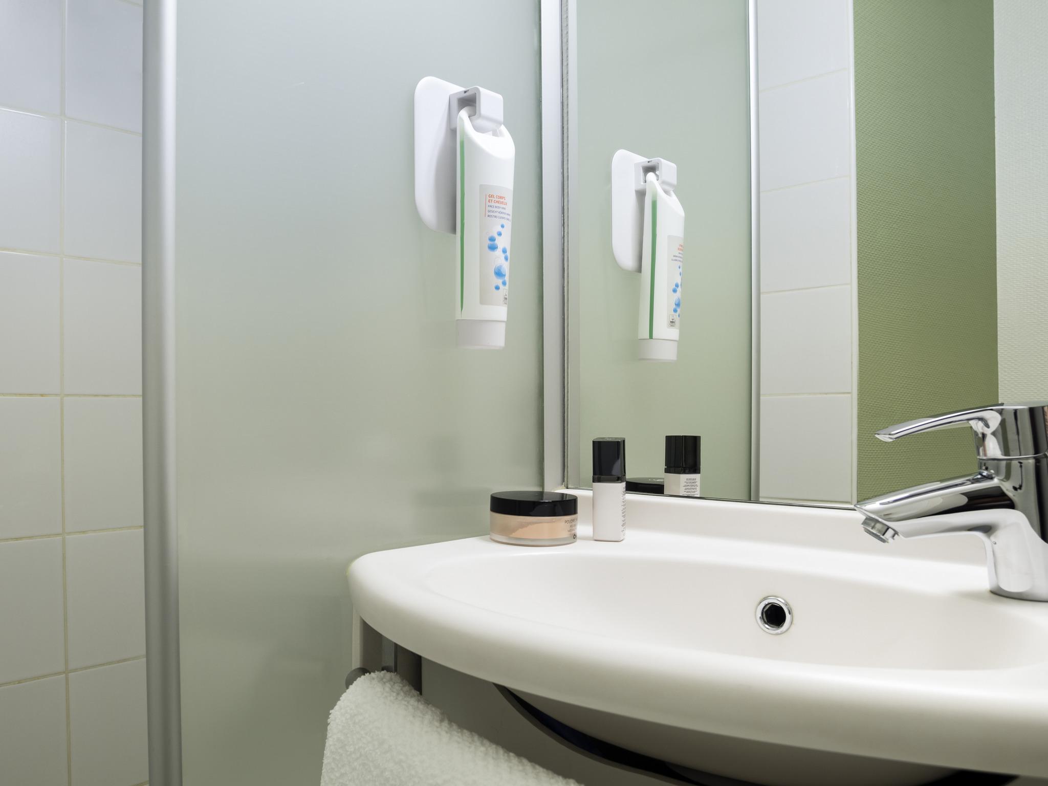 Hotel ibis budget centre meriadeck bordeaux for Hotel seine et marne avec jacuzzi dans la chambre