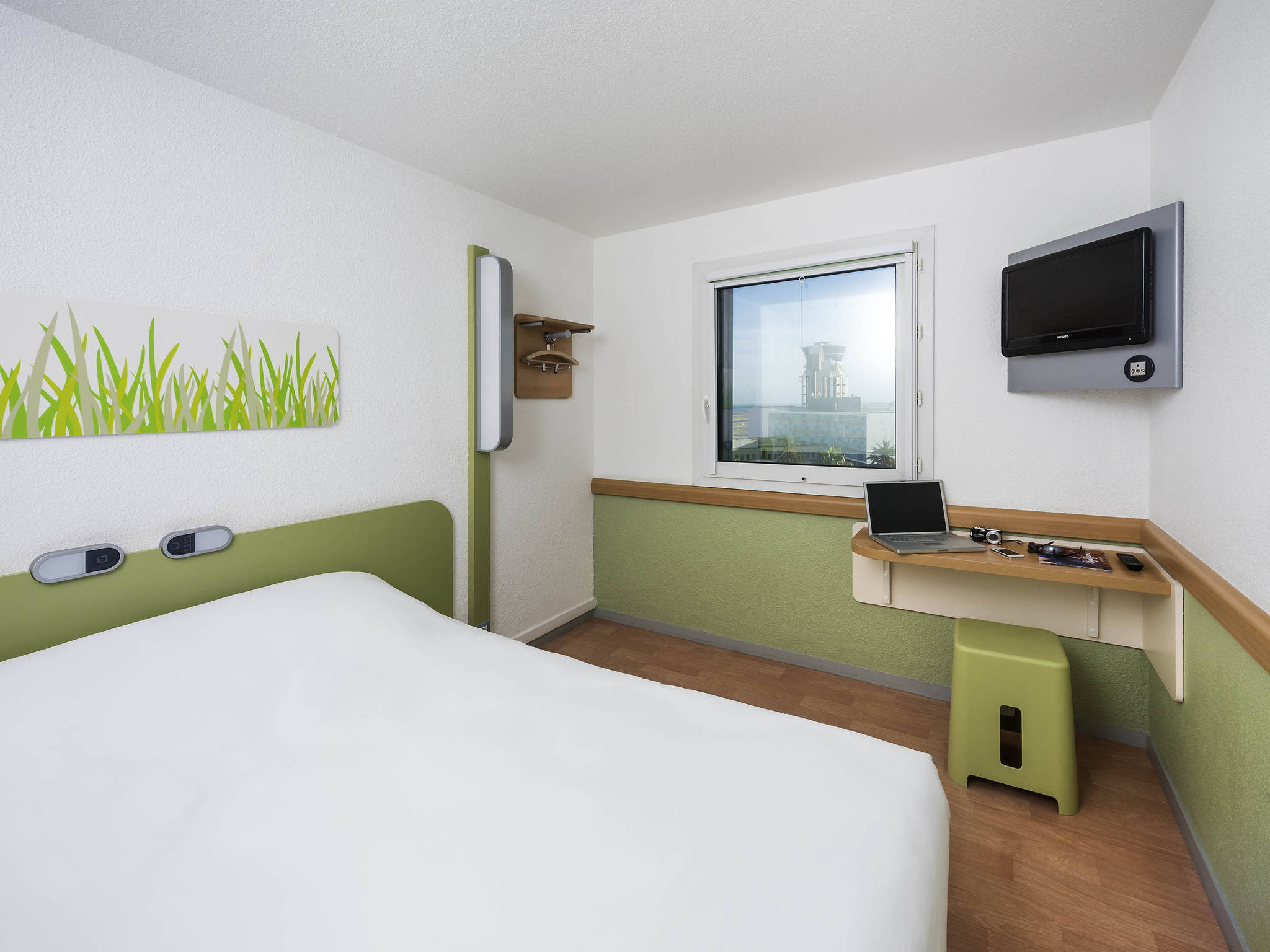 Hotel in NICE - ibis budget Nice Airport Promenade des Anglais