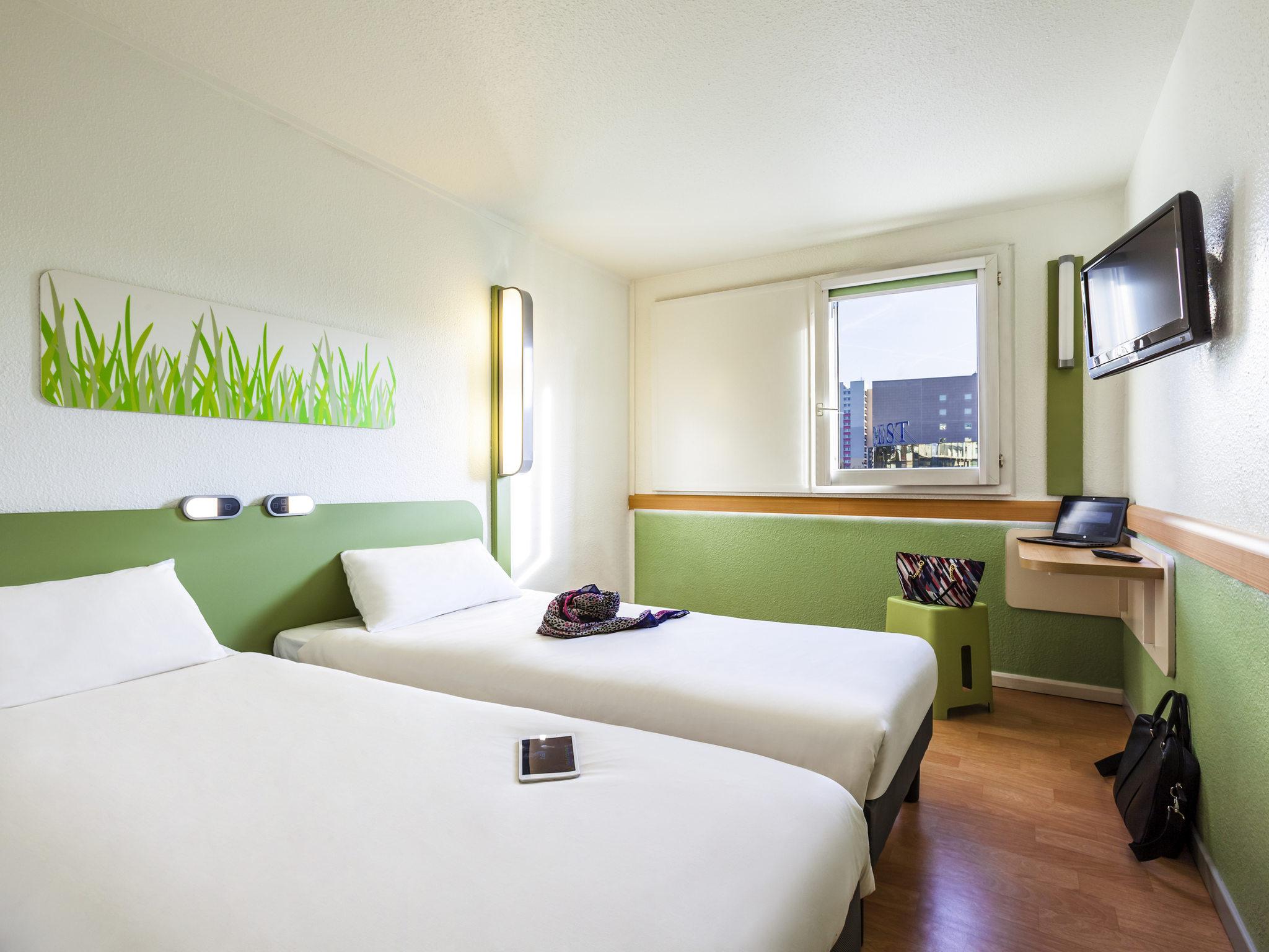 Hotel in BAGNOLET ibis bud Paris Porte de Bagnolet