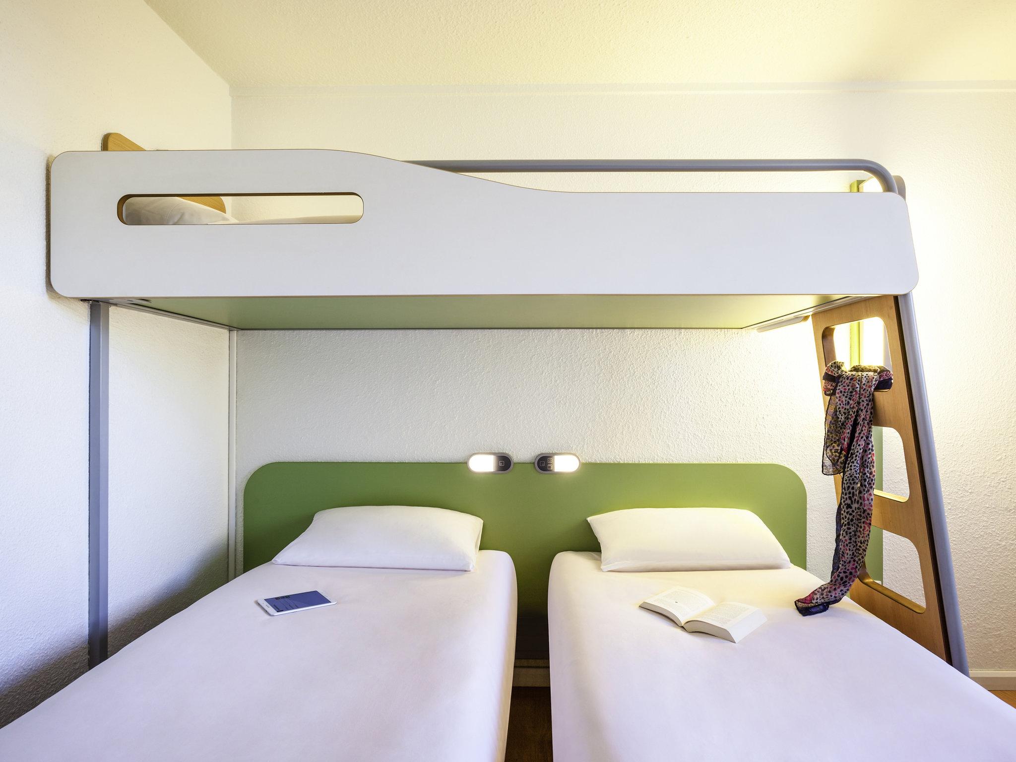 Hotel in bagnolet ibis budget paris porte de bagnolet - Gare routiere paris gallieni porte bagnolet ...