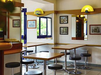 g nstiges hotel saran ibis budget orl ans nord saran. Black Bedroom Furniture Sets. Home Design Ideas