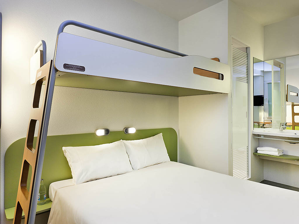 Letto A Castello Grande.Hotel A Tours Ibis Budget Tours Nord