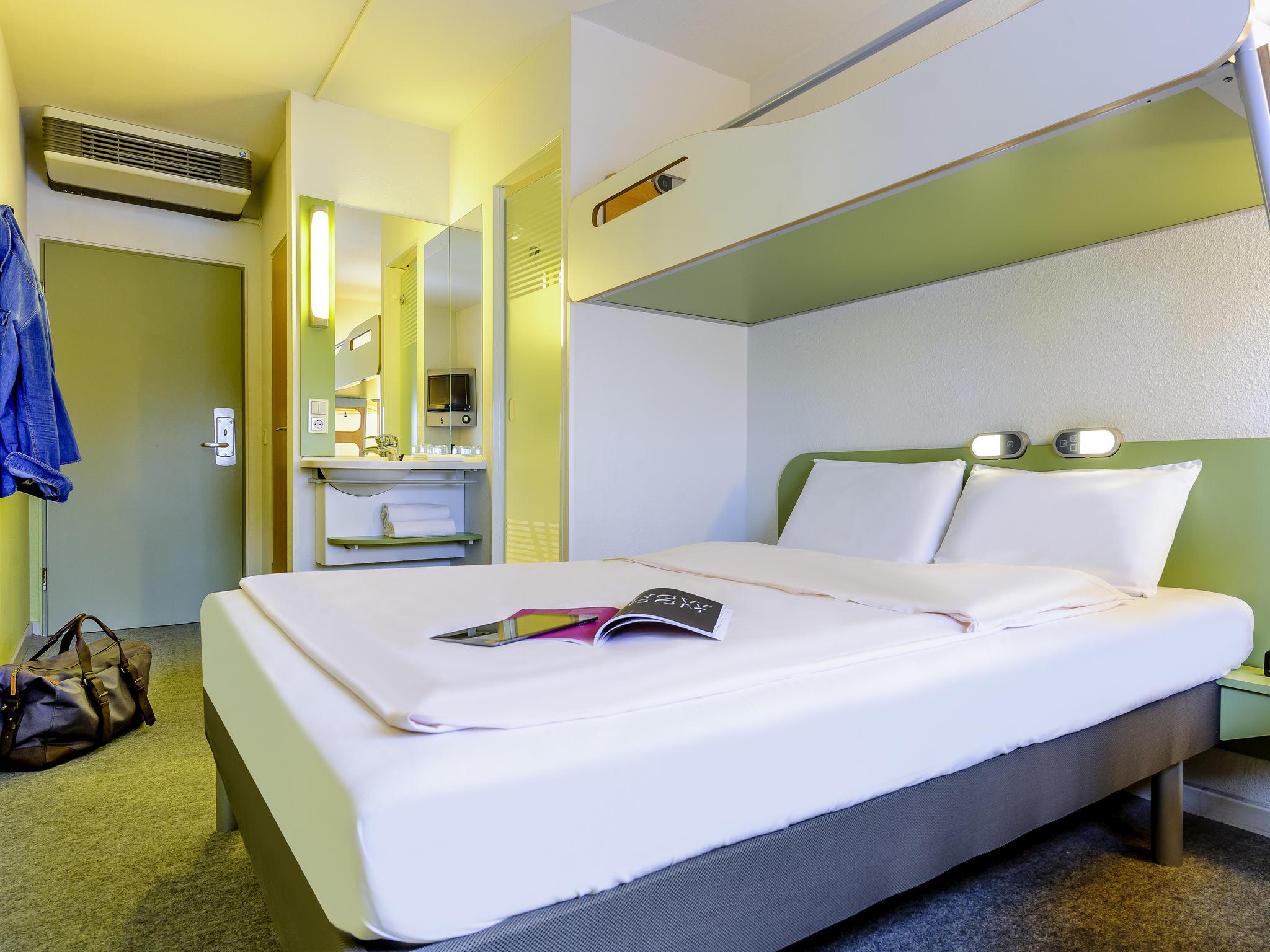 hotel in quickborn ibis budget hamburg quickborn. Black Bedroom Furniture Sets. Home Design Ideas