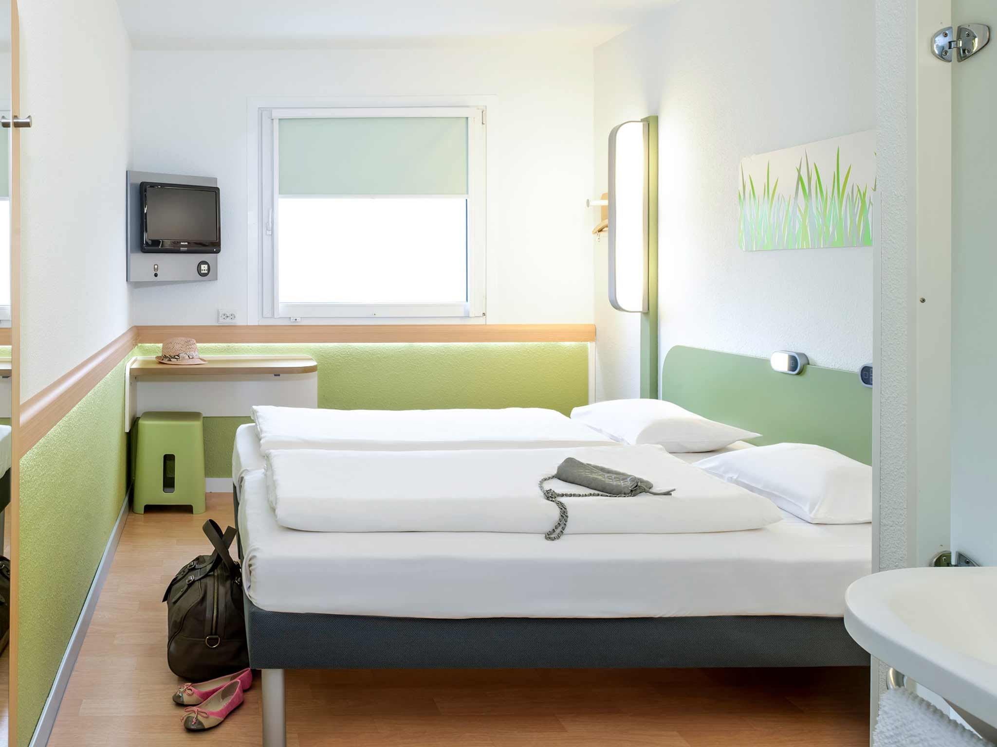 hotel ibis budget augsburg gersthofen book now free wifi. Black Bedroom Furniture Sets. Home Design Ideas