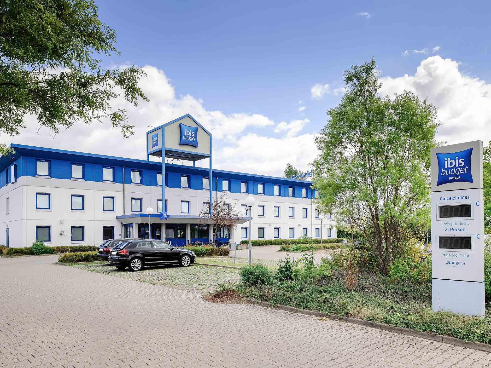 Отель — ibis budget Halle Peissen