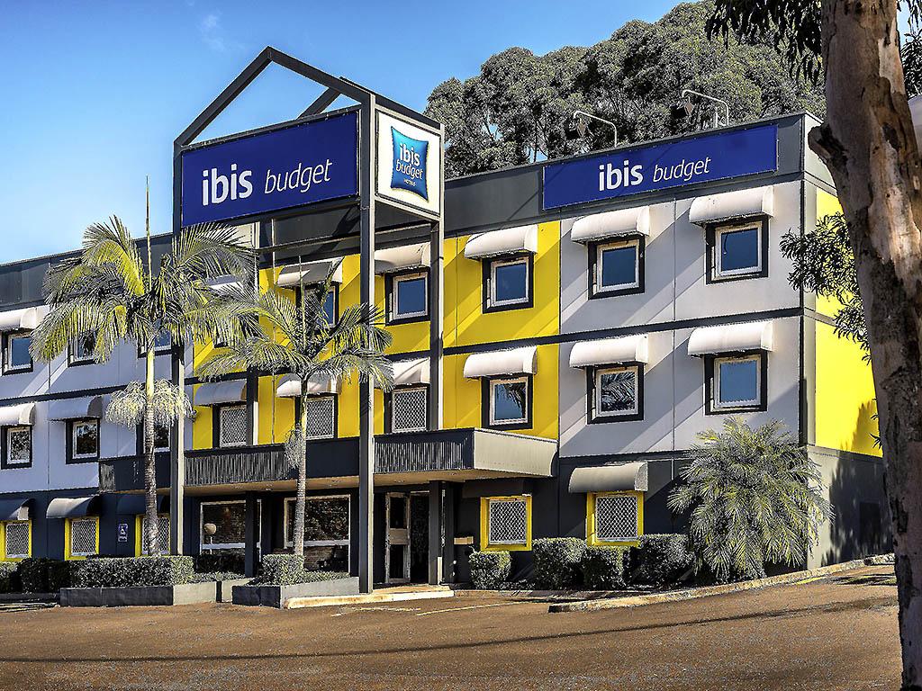 Отель — ibis budget Энфилд