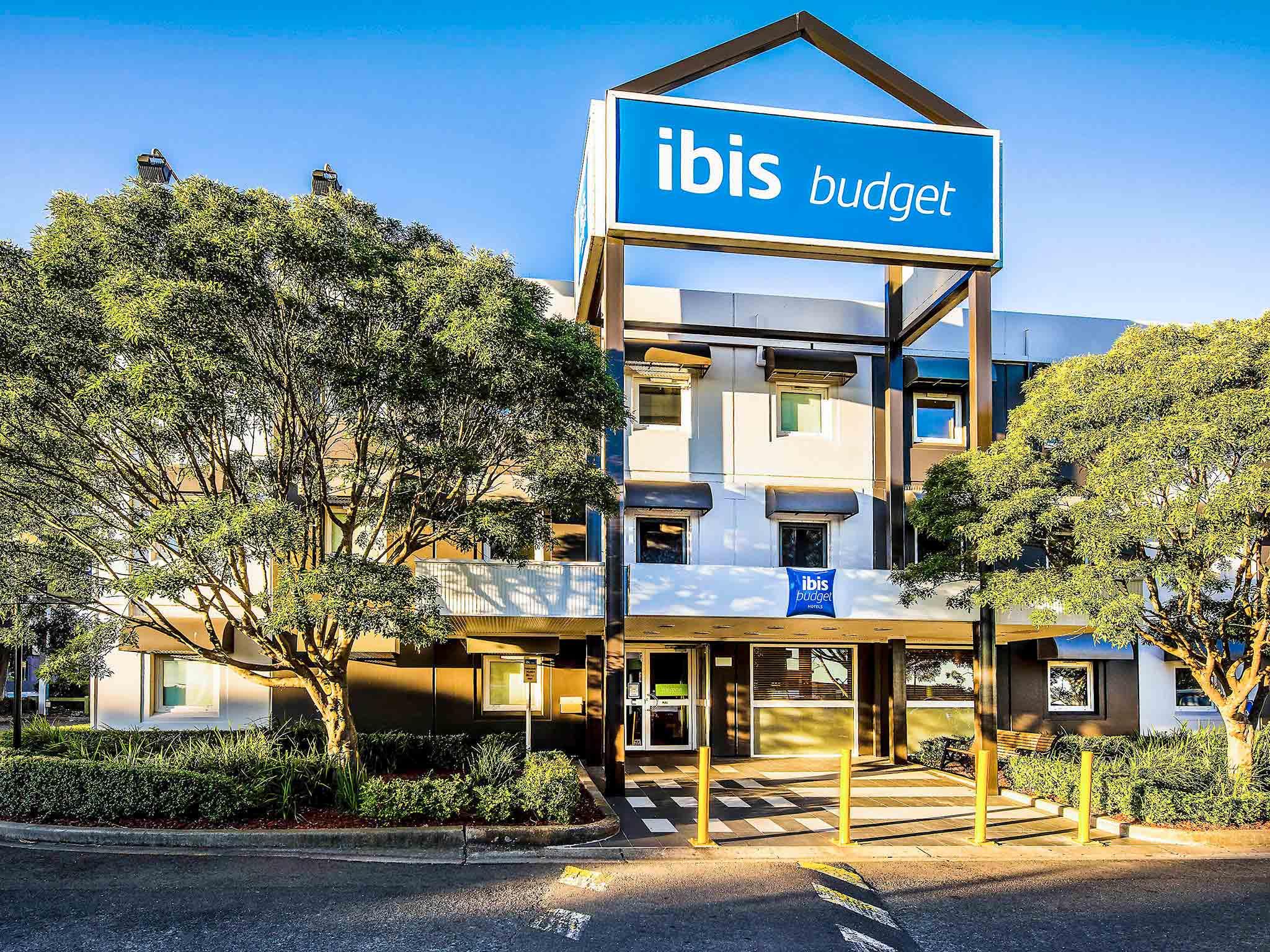 Отель — ibis budget Сейнт Питерс